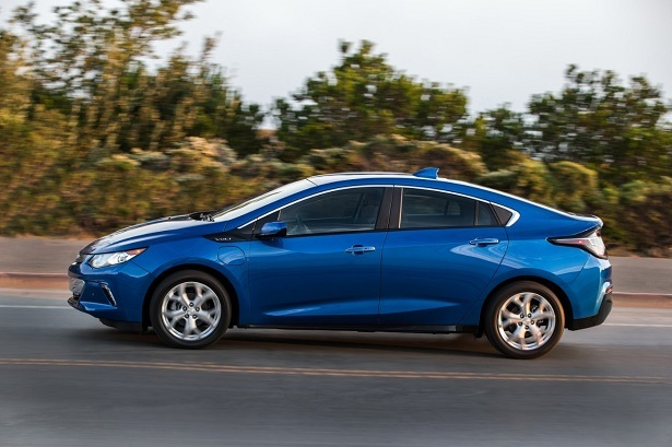 The 2016 Chevy Volt is The Best Plug-in Hybrid   Web2Carz