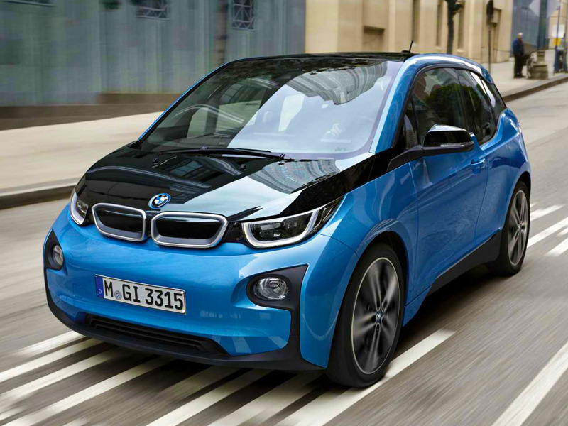 Bmw S Previously I8 Exclusive Protonic Blue Hue Is Now Available On The 2017 I3