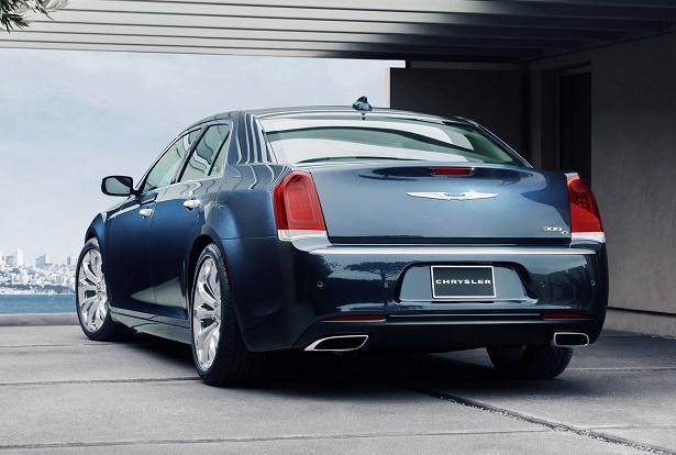 the 5 best rear wheel drive cars under 40 000 web2carz. Black Bedroom Furniture Sets. Home Design Ideas