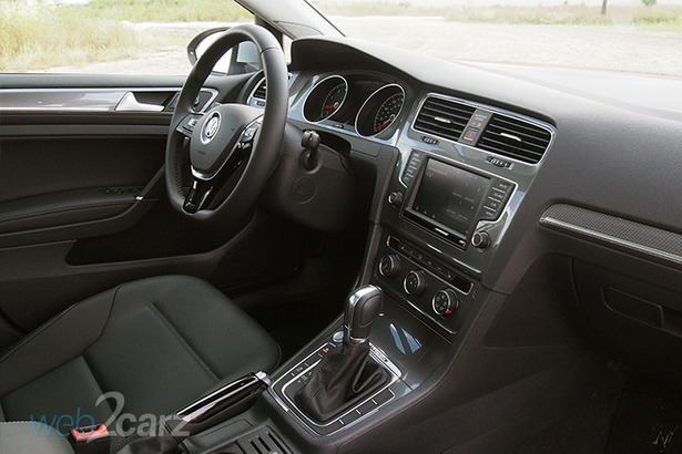 vw alltrack interior