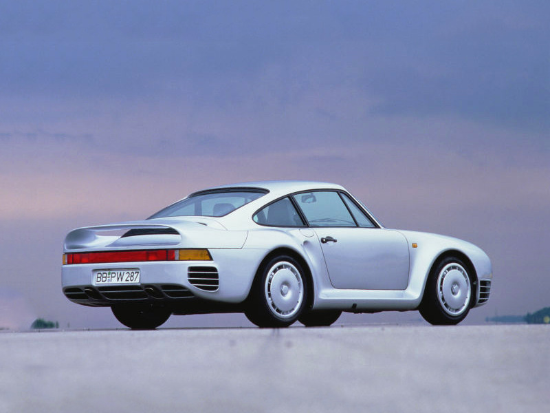 Curvaceous and dangerously powerful, the 959 is one of our dream sports cars.