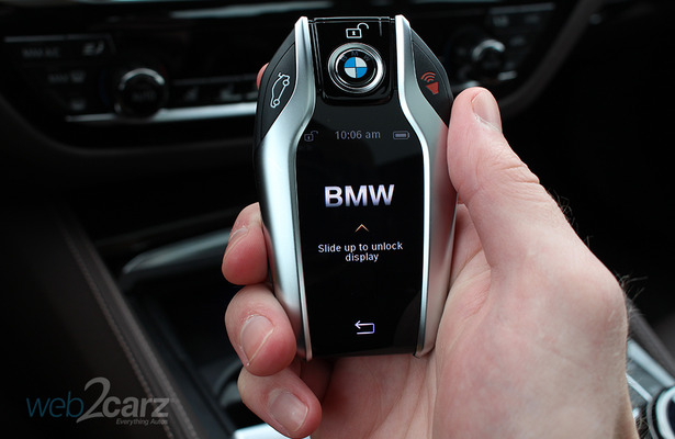 A Breakdown Of Bmw S Display Key Web2carz