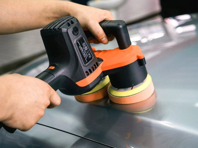 The TuTu Garage Dual Head Polisher is professional grade.