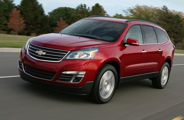 Car Buying Guide Crossovers With The Roomiest Third Row Seats Web2carz Mobile