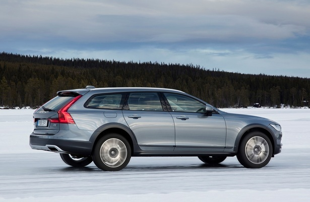 Do These Four New Station Wagons Signal A Comeback Web2carz