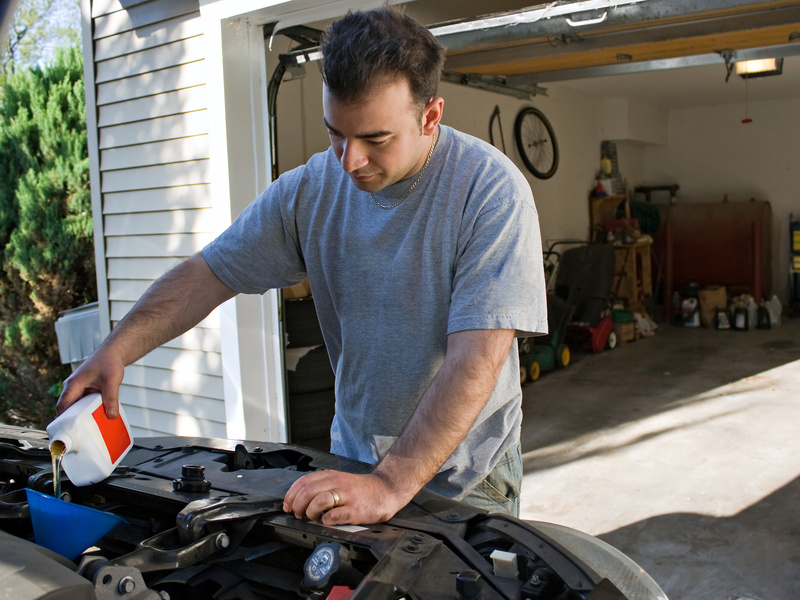 Everything you need to change your oil yourself web2carz save a buck or two and change your own oil solutioingenieria Images