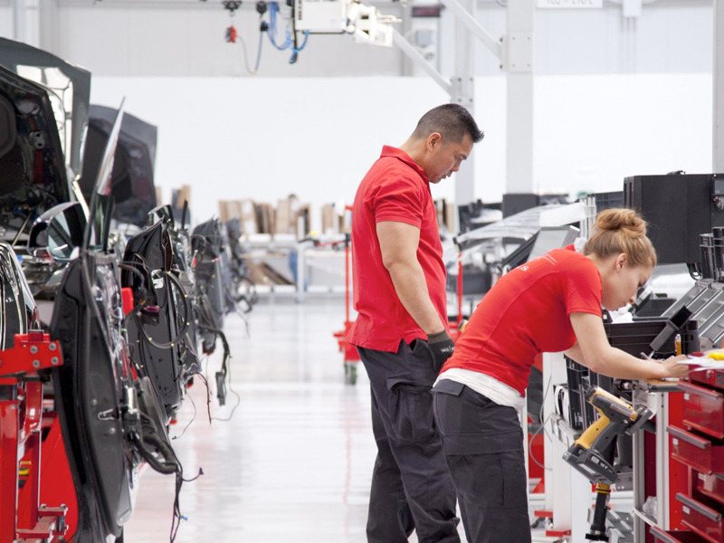Tesla Fires 400 Employees When It Needs to Ramp Up Model 3 ...