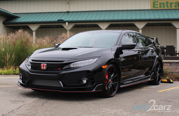 2018 Honda Civic Type R front 3/4