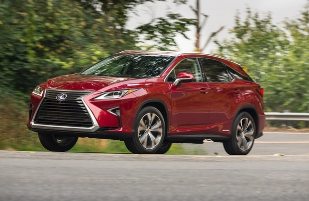 Lexus price cuts on RX450h