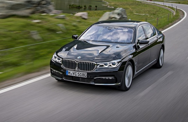 BMW 7-Series Plug-in hybrid updates for 2019