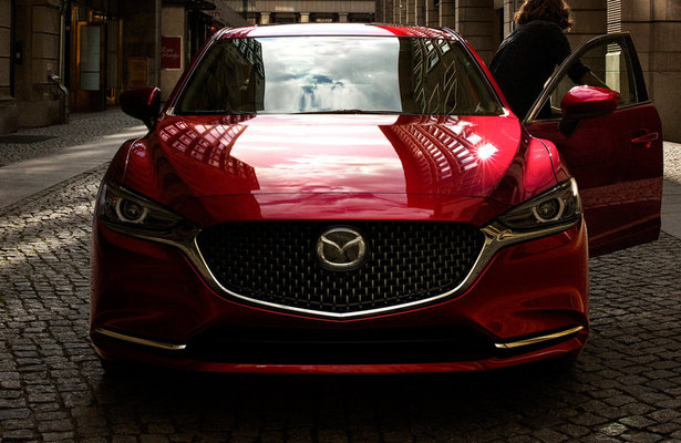 Mazda6 in red from the front