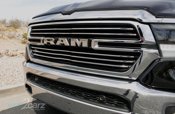 2019 Ram 1500 grille