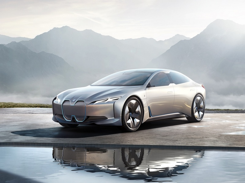 The BMW i4 EV will have a seriously long range when it comes in 2020.