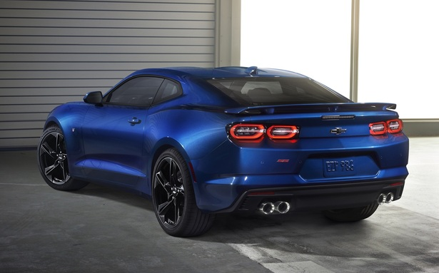 2019 Chevrolet Camaro rear view of the car