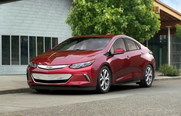 2018 chevy volt red