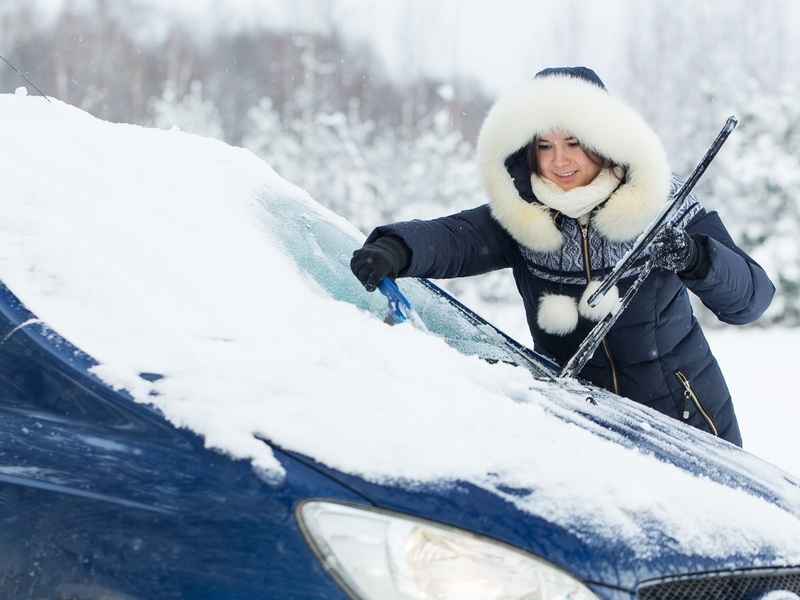 Prepare for Snowmageddon and save your fingers with an extendable snow brush.
