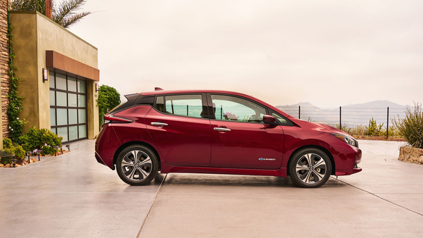 nissan leaf red profile