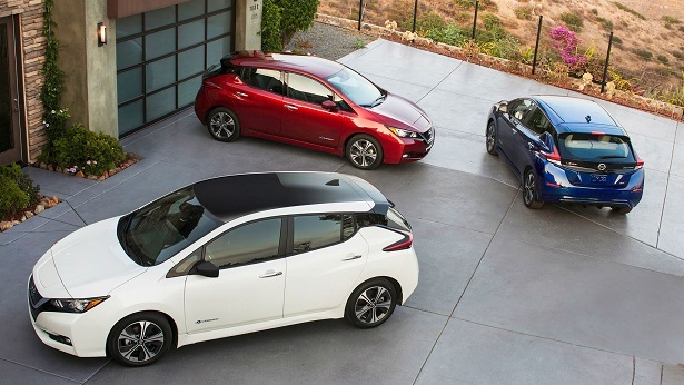 nissan leaf red white blue