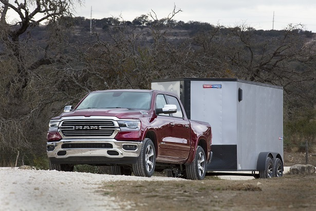 ram 1500 limited towing trailer