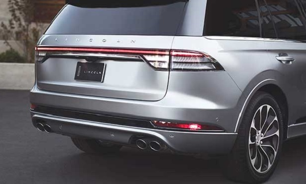 lincoln aviator rear