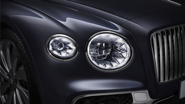 bentley flying spur headlight