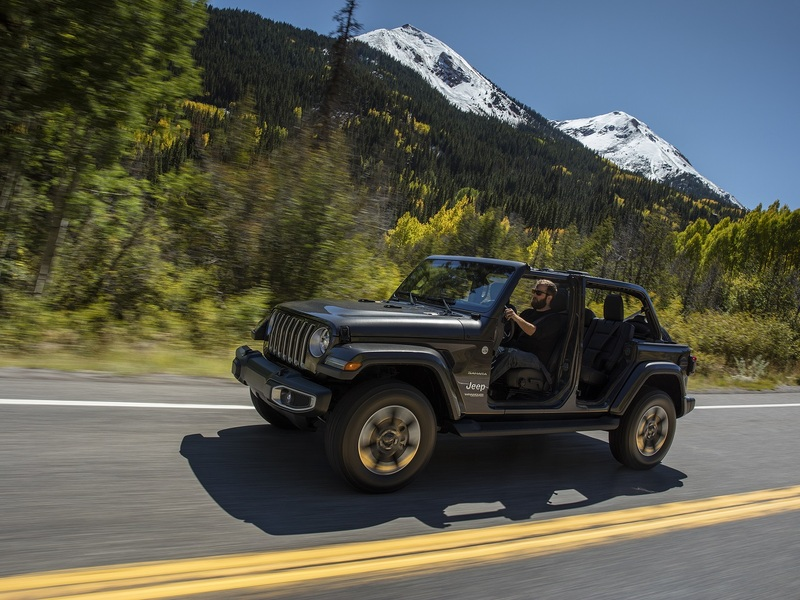 These manual SUVs make on-road driving as enjoyable as off-roading.