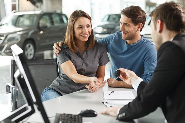 couple financing used car