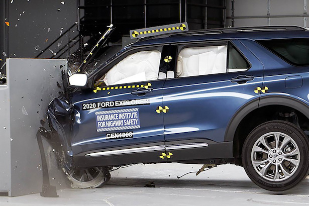 2020 ford explorer IIHS
