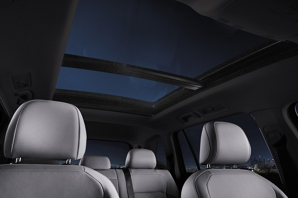 volkswagen tiguan panoramic sunroof
