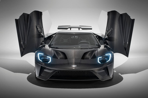 2020 ford gt liquid carbon front