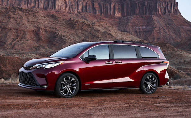 2021 toyota sienna profile red
