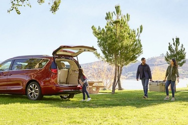 5 Best Minivans for Camping