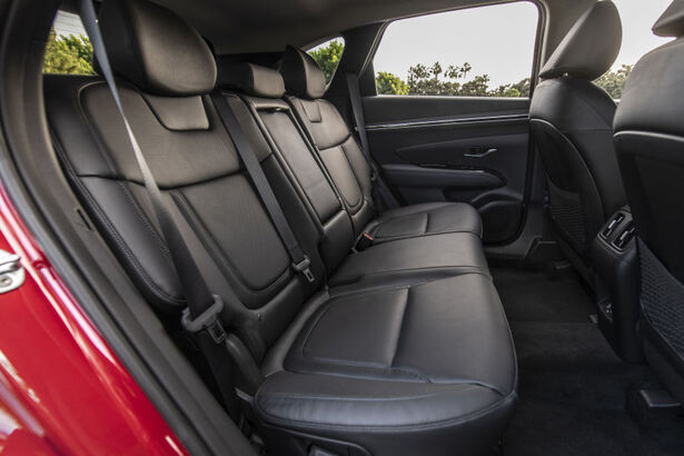 2022 hyundai tucson rear seats