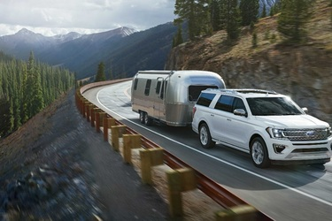 5 Best SUVs for Towing a Travel Trailer