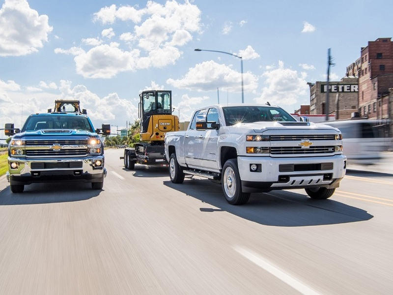 Dependable trucks like the Silverado 2500HD will hold up to your toughest demands. (image: GM)