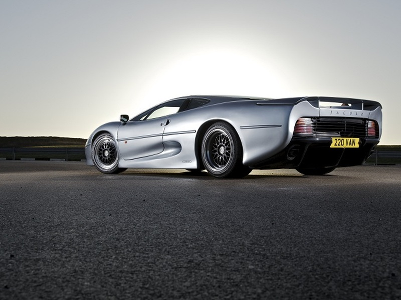 Outlaws like the Jaguar XJ220-S are banned for a slew of safety reasons. (image: Jaguar)