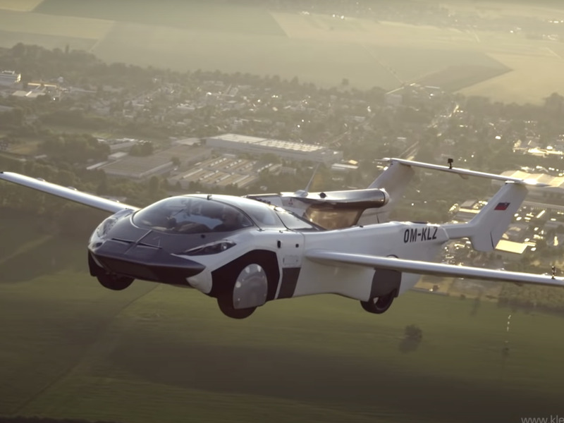 Klein Vision's AirCar flew for 35 minutes and then hit the road.