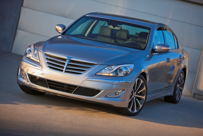 Review: 2012 Hyundai Genesis
