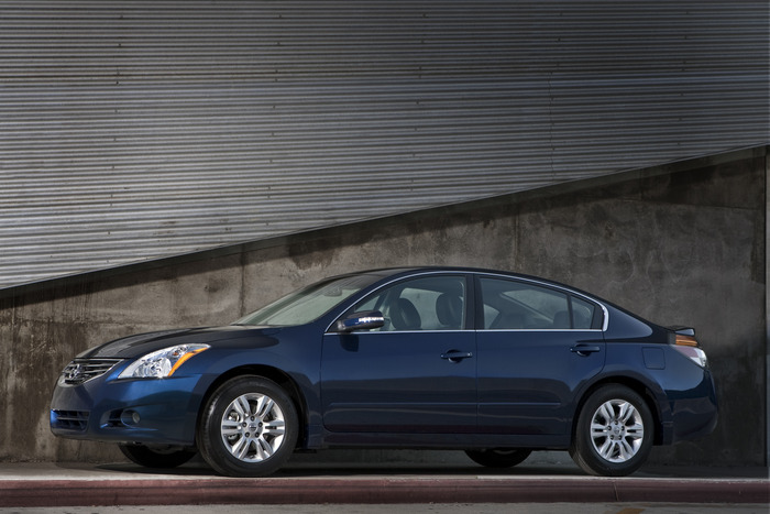 Review: 2012 Nissan Altima
