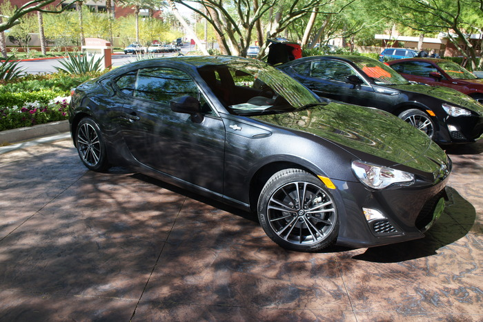 2013 Scion FR-S Extended Review | Web2Carz