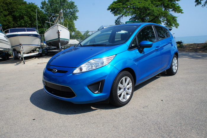 2012 Ford Fiesta SE Hatchback Review | Web2Carz