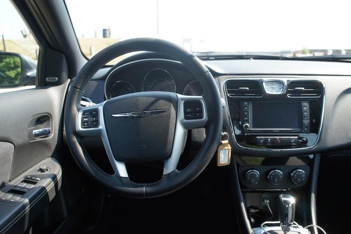 2012 Chrysler 200s Review Web2carz