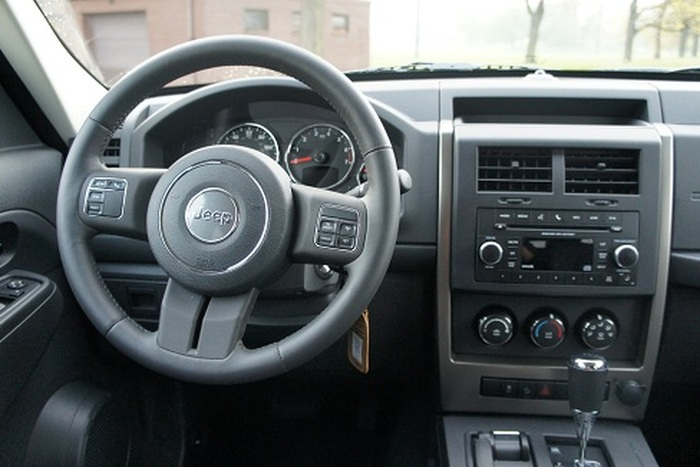 2012 jeep liberty interior the image. Black Bedroom Furniture Sets. Home Design Ideas