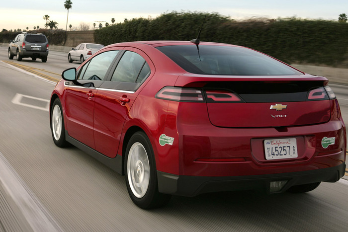 2013 Chevrolet Volt Review | Web2Carz