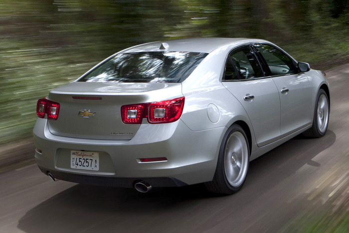 2013 chevrolet malibu turbo review web2carz. Black Bedroom Furniture Sets. Home Design Ideas