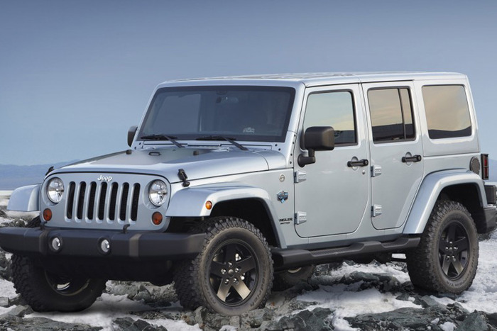 2013 Jeep Wrangler Unlimited Sport 4X4 Review | Web2Carz