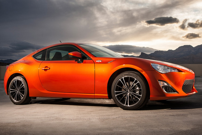 2013 Scion FR-S Extended Review