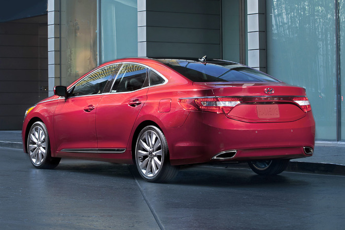 2013 Hyundai Azera Review