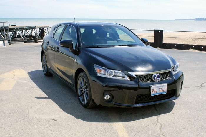 2013 Lexus CT 200h Review