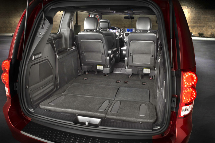 Iihs Safety Ratings >> 2013 Dodge Grand Caravan Crew Review | Web2Carz